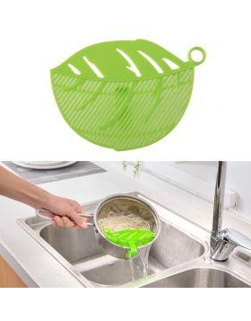 Leaf Shaped Rice Wash Gadget